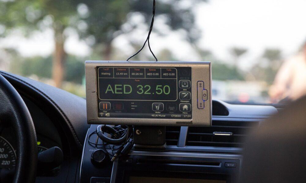 taxi driver dubai